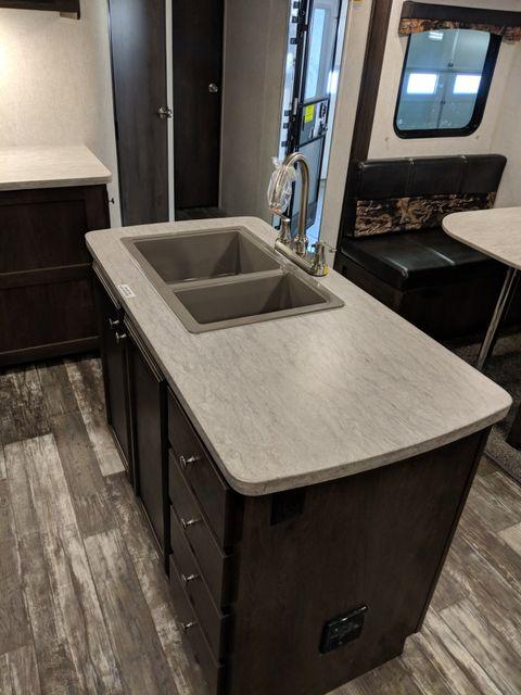 2019 Starcraft Mossy Oak 271RLI Mandan, North Dakota 13