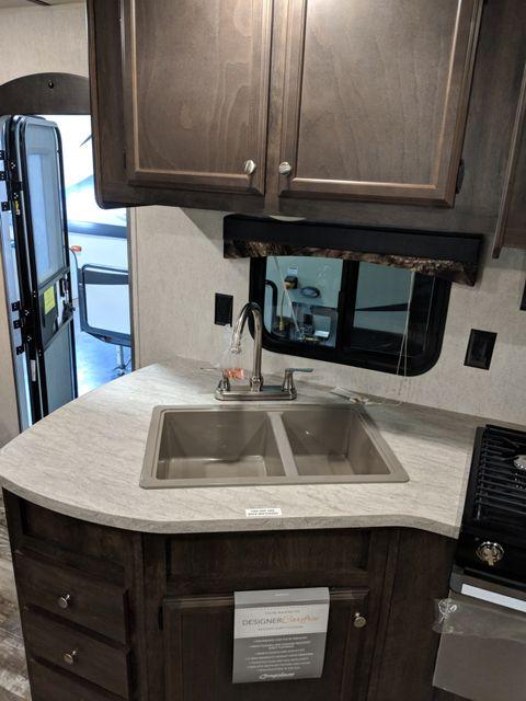 2019 Starcraft Mossy Oak 24BHS Mandan, North Dakota 11