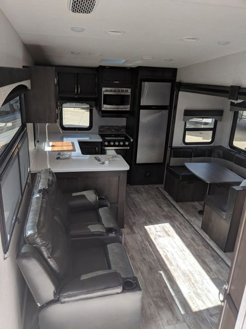 2019 Starcraft Telluride 289RKS Mandan, North Dakota 4