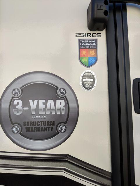 2019 Starcraft Telluride 251RES Mandan, North Dakota 3