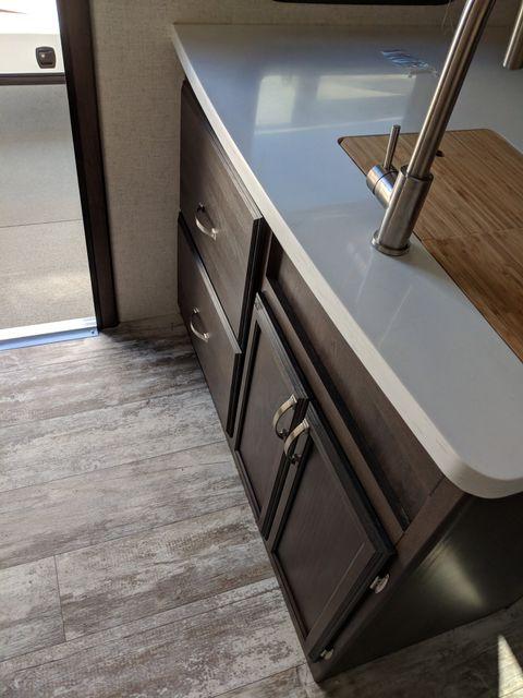 2019 Starcraft Telluride 251RES Mandan, North Dakota 17