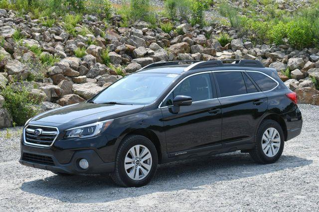 2019 Subaru Outback Premium AWD Naugatuck, Connecticut 2
