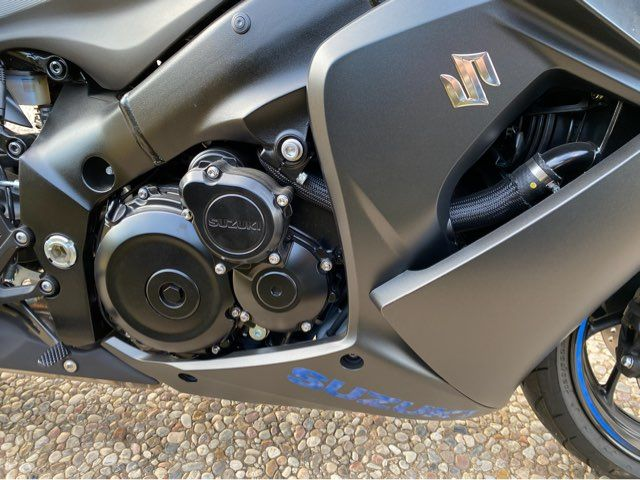 2019 Suzuki GSX-S1000FZ in McKinney, TX 75070