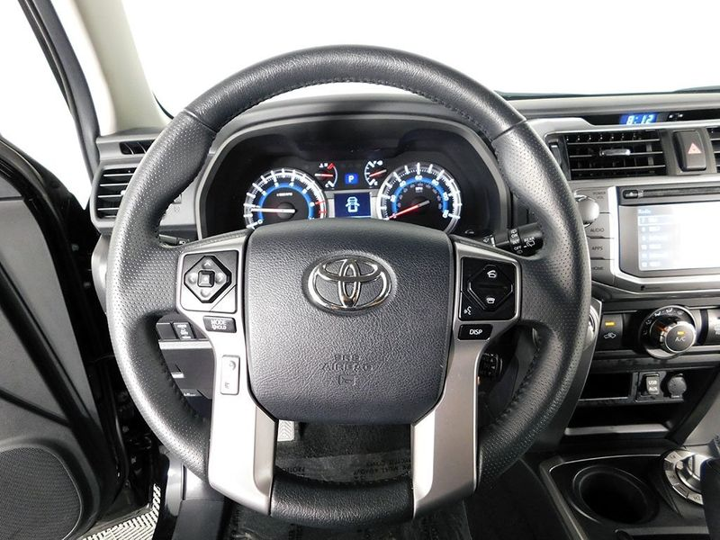 2019 Toyota 4Runner SR5  city Ohio  North Coast Auto Mall of Cleveland  in Cleveland, Ohio