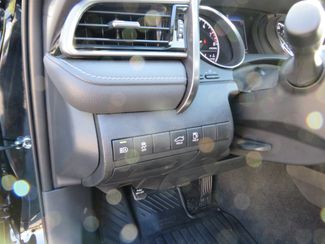 2019 Toyota Camry SE Batesville, Mississippi 19