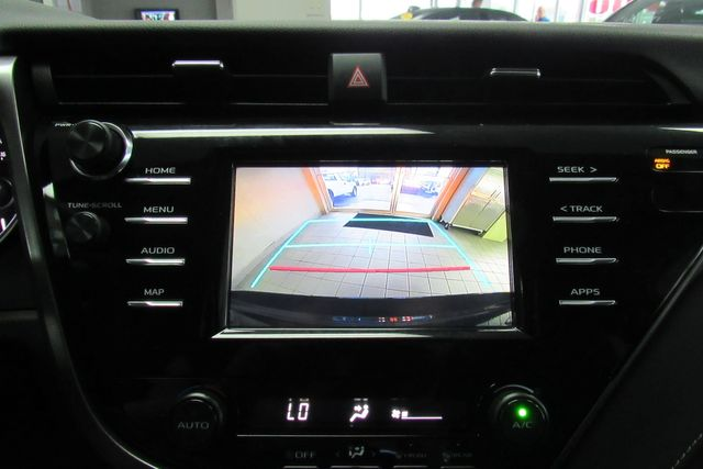 2019 Toyota Camry SE W/ BACK UP CAM Chicago, Illinois 16
