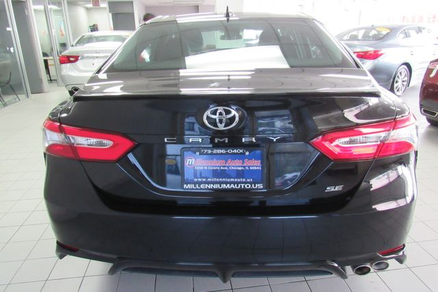 2019 Toyota Camry SE W/ BACK UP CAM Chicago, Illinois 4