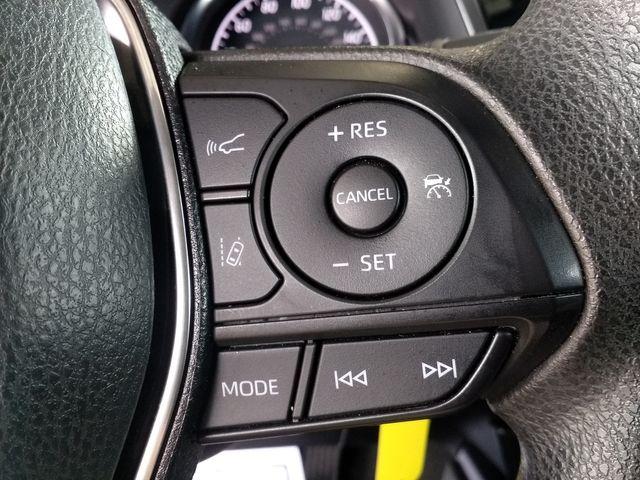 2019 Toyota Camry LE Houston, Mississippi 14