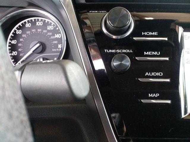 2019 Toyota Camry LE Houston, Mississippi 16