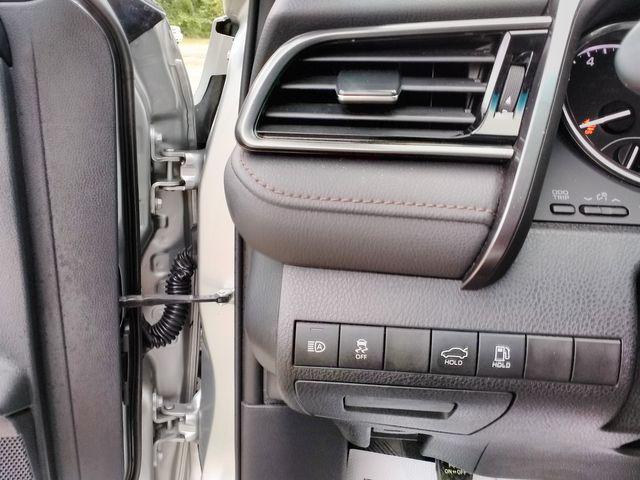 2019 Toyota Camry LE Houston, Mississippi 20