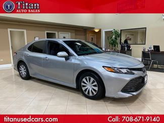2019 Toyota Camry Hybrid LE in Worth, IL 60482