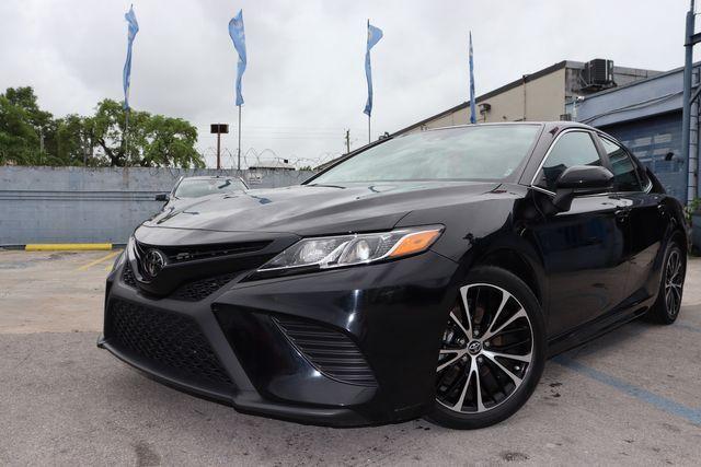 2019 Toyota Camry SE in Miami, FL 33142