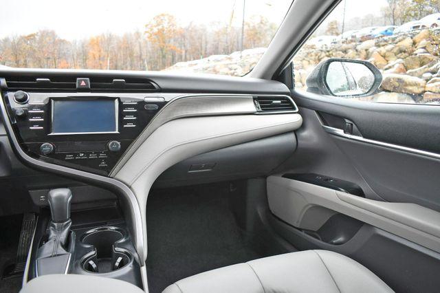 2019 Toyota Camry SE Naugatuck, Connecticut 17