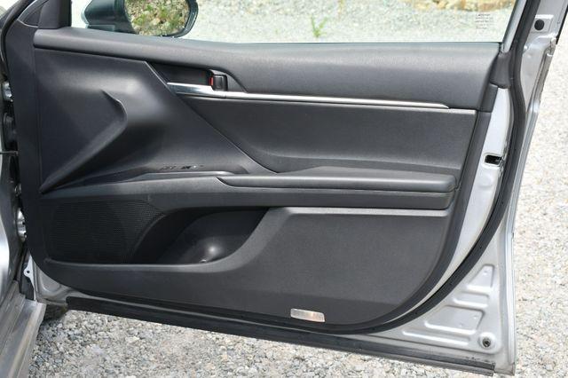 2019 Toyota Camry SE Naugatuck, Connecticut 12