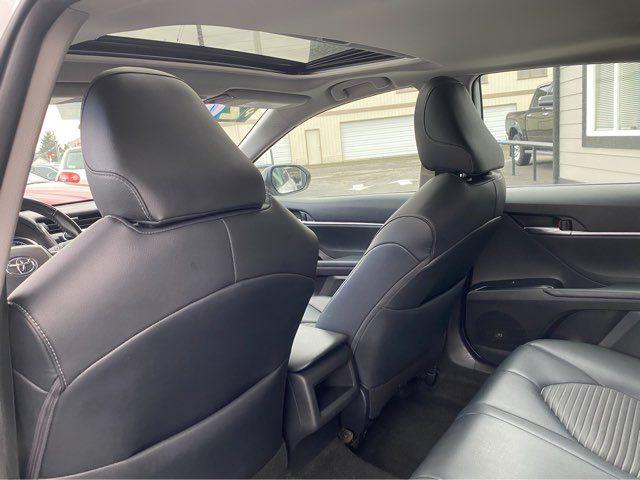 2019 Toyota Camry Hybrid XLE in Tacoma, WA 98409