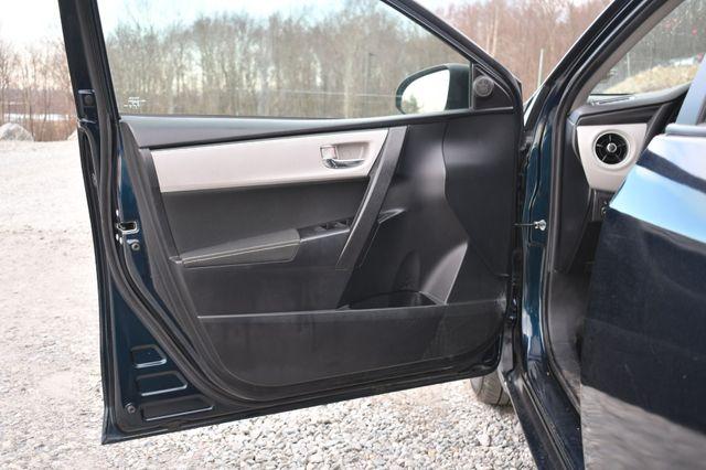 2019 Toyota Corolla LE Naugatuck, Connecticut 18