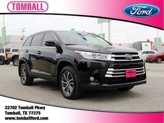 2019 Toyota Highlander in Tomball, TX 77375