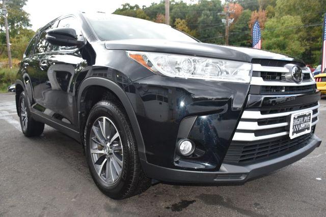 2019 Toyota Highlander XLE Waterbury, Connecticut 9