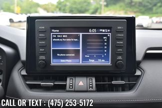 2019 Toyota RAV4 XLE Premium Waterbury, Connecticut 34