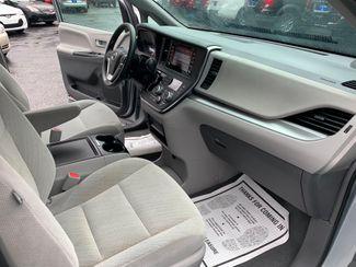 2019 Toyota Sienna LE handicap wheelchair van Dallas, Georgia 22
