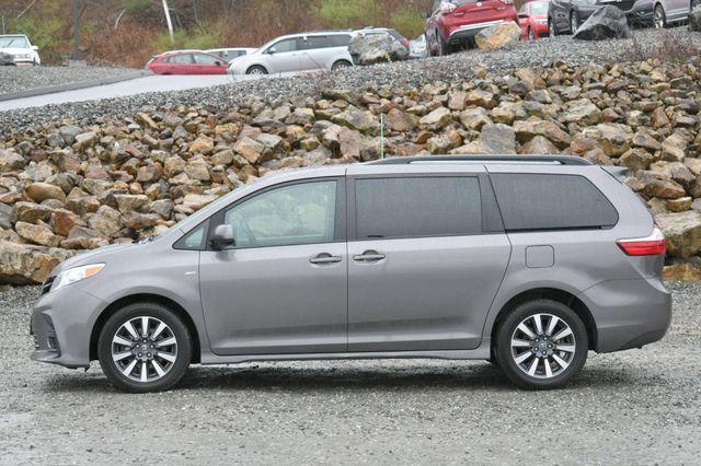 2019 Toyota Sienna LE AWD Naugatuck, Connecticut 3