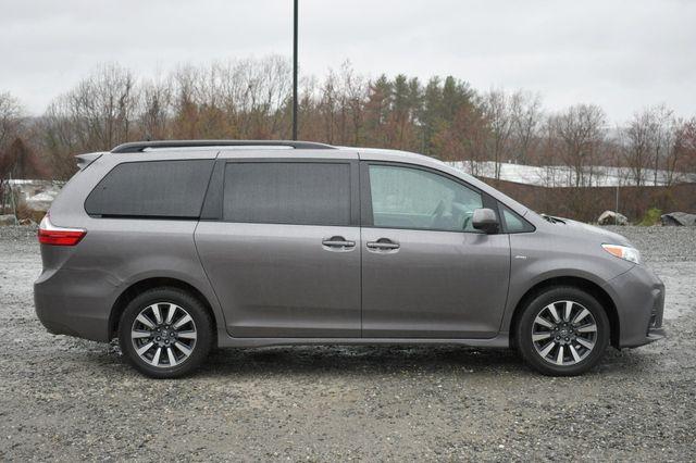 2019 Toyota Sienna LE AWD Naugatuck, Connecticut 7