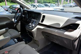 2019 Toyota Sienna XLE Premium Waterbury, Connecticut 22