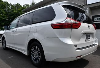 2019 Toyota Sienna XLE Premium Waterbury, Connecticut 3