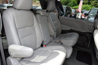 2019 Toyota Sienna XLE Premium Waterbury, Connecticut 17