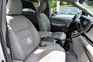 2019 Toyota Sienna XLE Premium Waterbury, Connecticut 18
