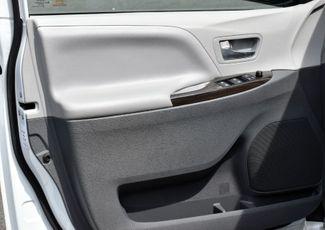 2019 Toyota Sienna XLE Premium Waterbury, Connecticut 24