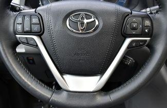 2019 Toyota Sienna XLE Premium Waterbury, Connecticut 28