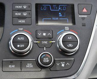 2019 Toyota Sienna XLE Premium Waterbury, Connecticut 32