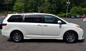 2019 Toyota Sienna XLE Premium Waterbury, Connecticut 5