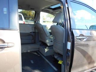 2019 Toyota Sienna Xle Auto Access Seat Wheelchair Van Handicap Ramp Van Pinellas Park, Florida 6