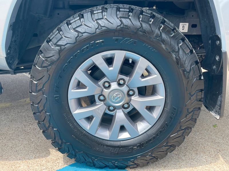 2019 Toyota Tacoma 3.5L V6 SR5 TRD OFFROAD 4X4, LOW MILES,VERY NICE!! in Rowlett, Texas