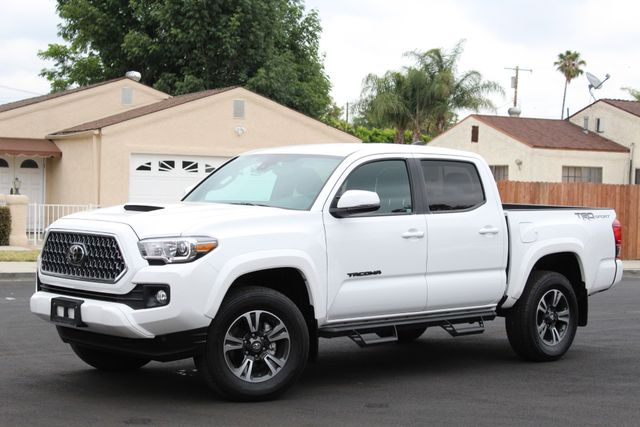 2019 Toyota TACOMA TRD SPORT 2K MLS AUTOMATIC XLNT CONDITION in Van Nuys, CA 91406
