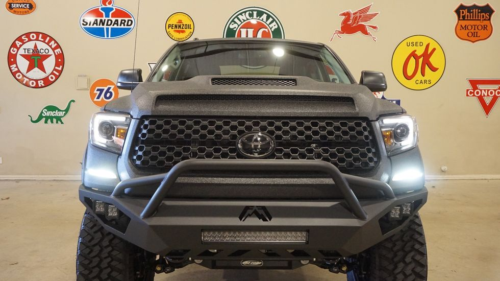 2019 Toyota Tundra CrewMax 4X4 DUPONT KEVLAR,LIFTED,LED'S