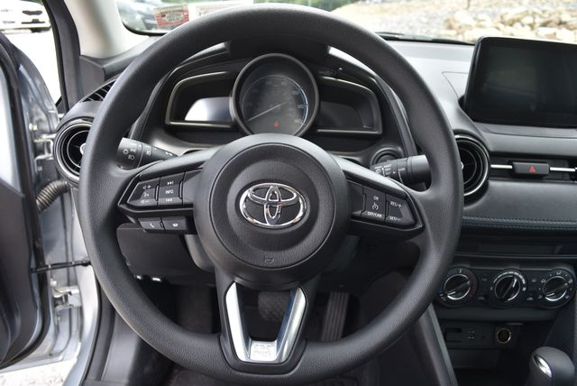 2019 Toyota Yaris Sedan LE Naugatuck, Connecticut 19