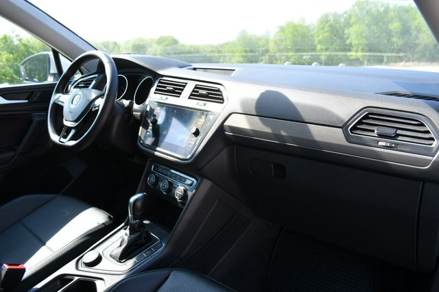 2019 Volkswagen Tiguan SE 4Motion Naugatuck, Connecticut 11