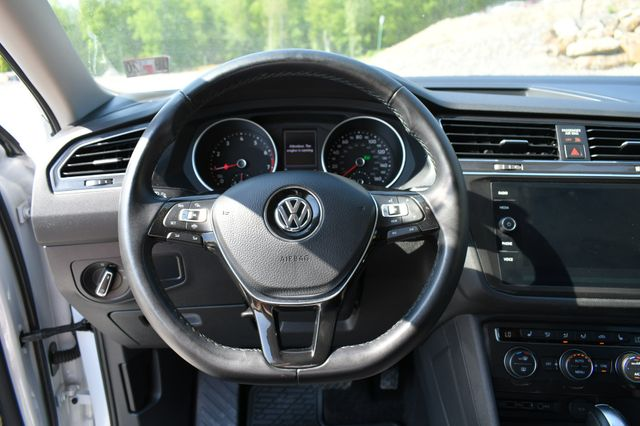 2019 Volkswagen Tiguan SE 4Motion Naugatuck, Connecticut 23