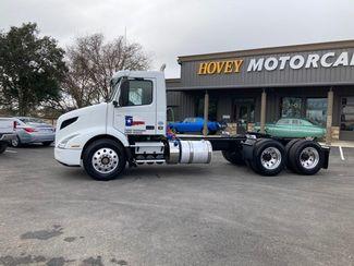 2019 Volvo VNL64T300 D13 in Boerne, Texas 78006