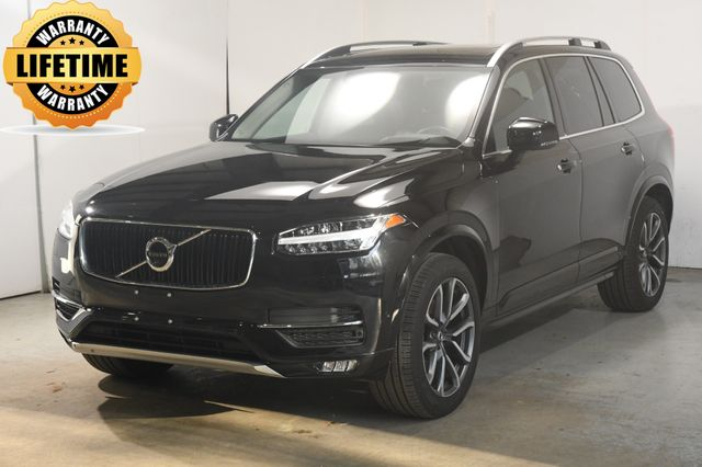 2019 Volvo XC90 Momentum w/ Advanced Package
