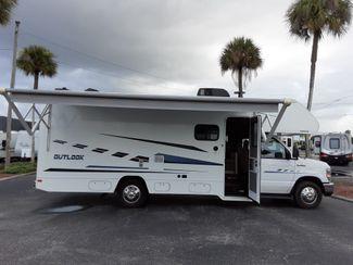 2019 Winnebago Outlook 25J   city Florida  RV World Inc  in Clearwater, Florida