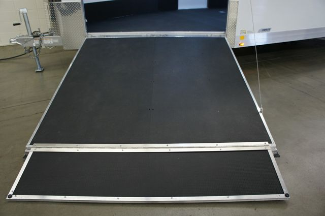 2020 Atc 28' Quest Race Combo w/ Front Ramp in Fort Worth, TX 76111