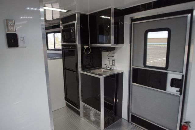 2020 Atc 34' CH405 Gooseneck w/ Lavatory in Fort Worth, TX 76111