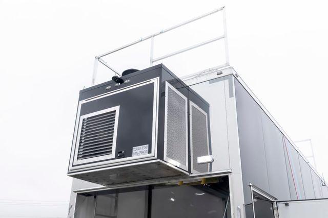 2020 Atc 45' BMW Gooseneck Stacker w/ Full Living Quarters in Keller, TX 76111