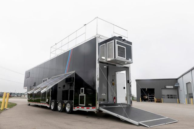 2020 Atc 45' BMW Gooseneck Stacker w/ Full Living Quarters in Fort Worth, TX 76111