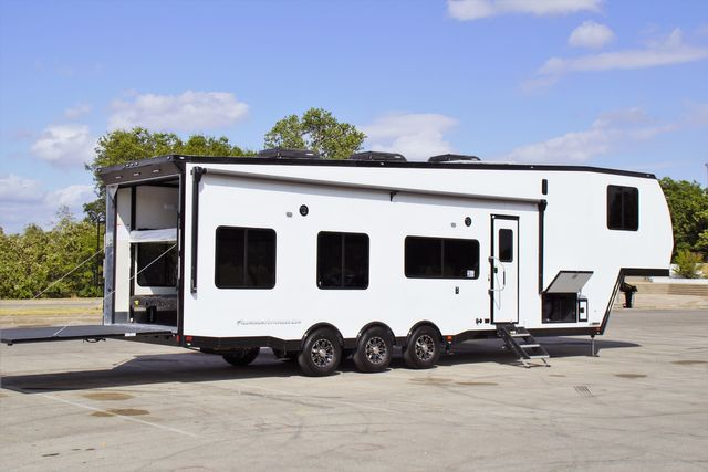 2020 Atc 40' Loaded 5th Wheel in Fort Worth, TX 76111