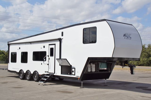 2020 Atc 40' Loaded 5th Wheel